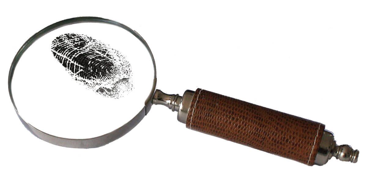 magnifying-2681372_1920.jpg