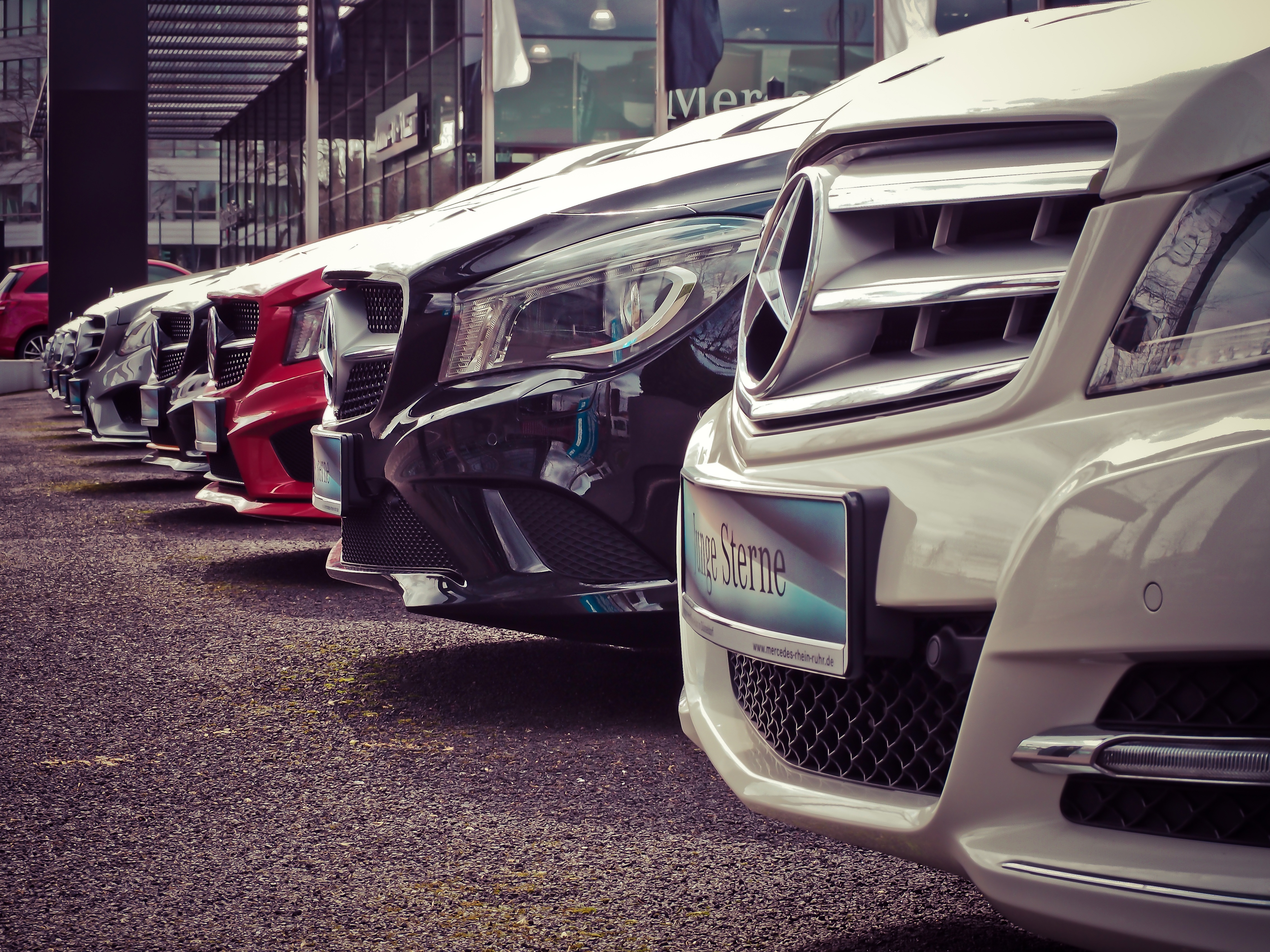 Craft A Compelling Automotive Blog: Blogging For Car Dealerships